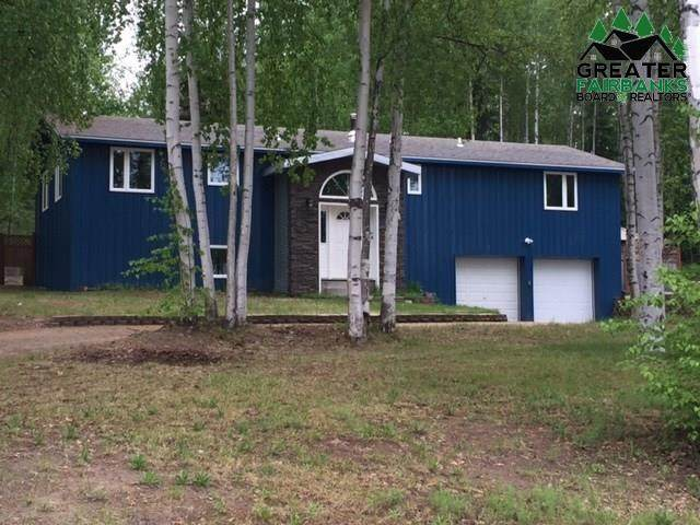 820 Ridge Loop Road, North Pole, AK 99705 (MLS #143457) :: Madden Real Estate