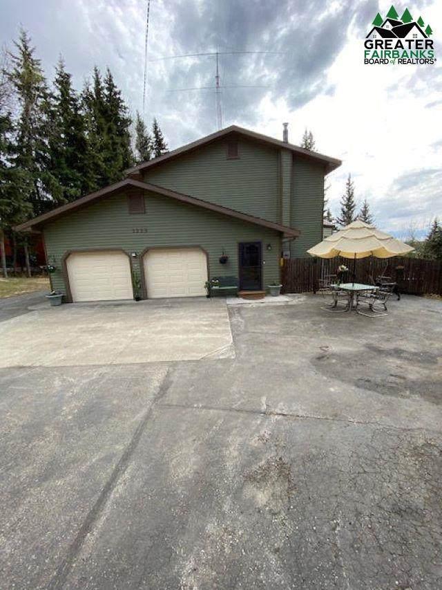 1233 Range View Road, North Pole, AK 99705 (MLS #147056) :: Powered By Lymburner Realty