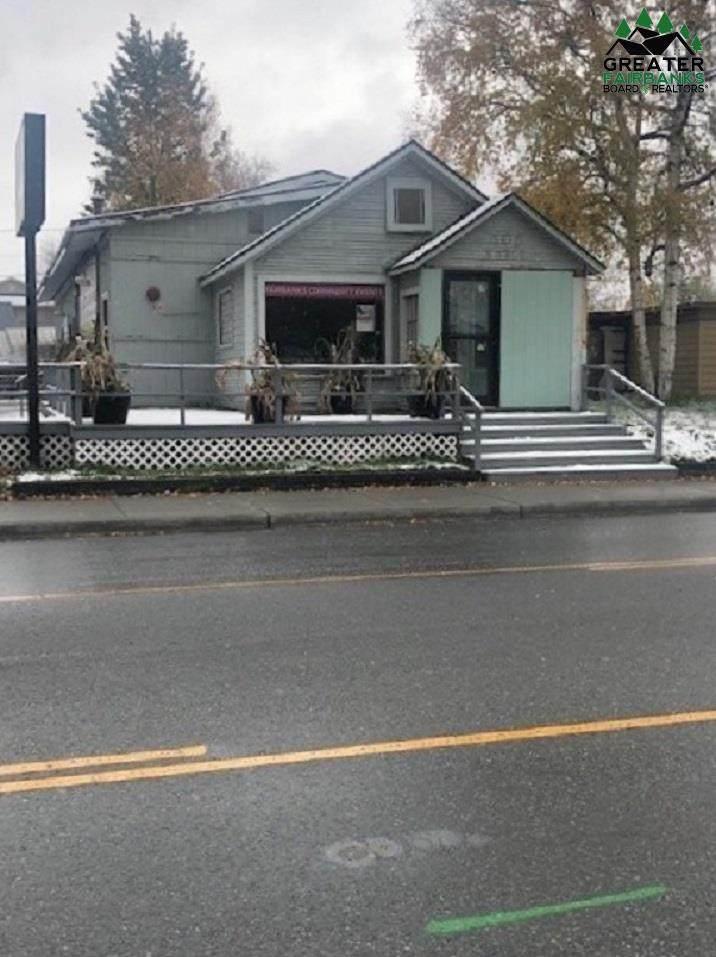 405 Noble Street - Photo 1