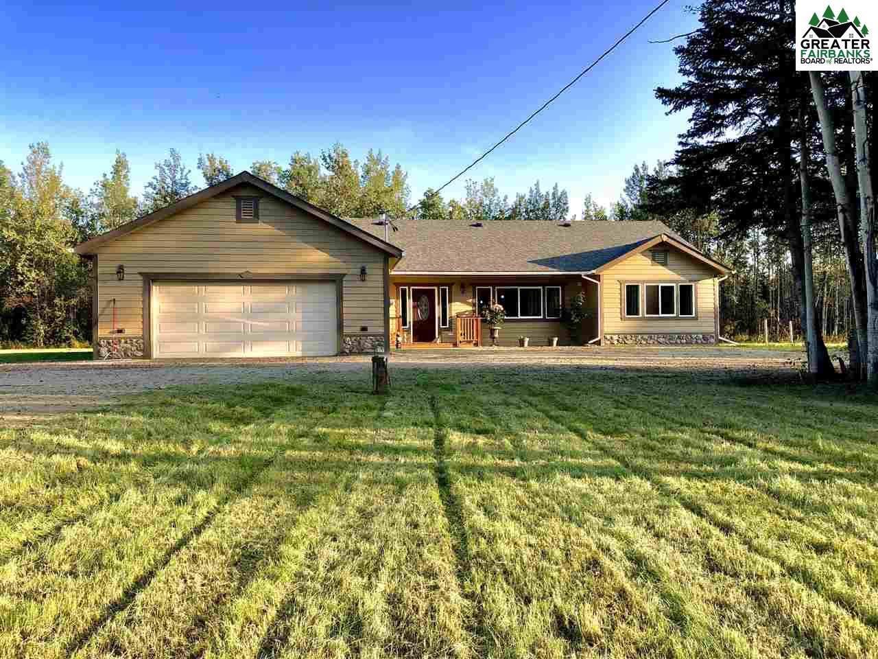 5145 Pugach Drive, Delta Junction, AK 99737 (MLS #136613) :: Madden Real Estate