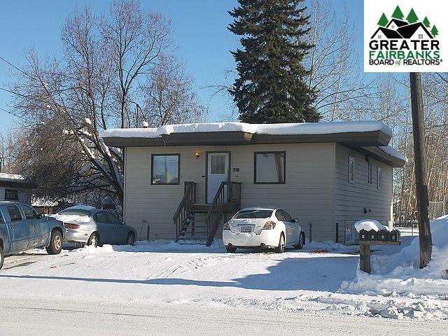 1641 Gillam Way, Fairbanks, AK 99701 (MLS #139759) :: Madden Real Estate