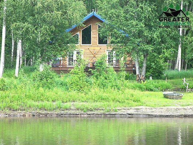 410 North Freeman Road, North Pole, AK 99705 (MLS #144202) :: RE/MAX Associates of Fairbanks