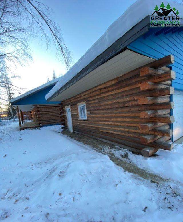 2780 Horseshoe Way, North Pole, AK 99705 (MLS #145998) :: Powered By Lymburner Realty