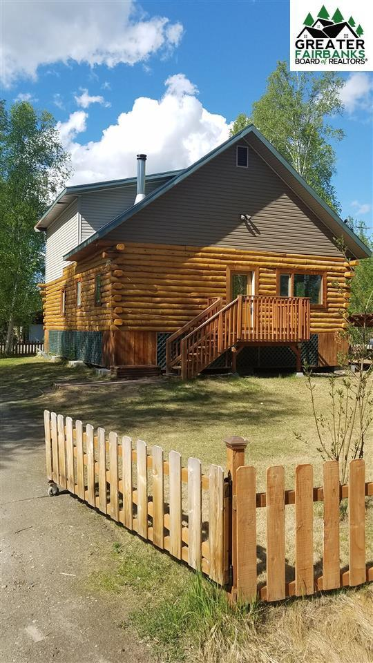 1271 Citadel Circle, Fairbanks, AK 99709 (MLS #140200) :: Powered By Lymburner Realty