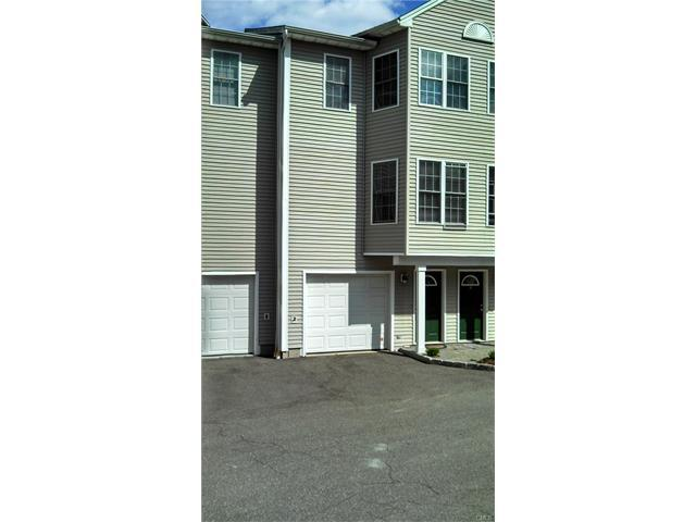 60 Grove Street #9, Shelton, CT 06484 (MLS #99190578) :: Stephanie Ellison