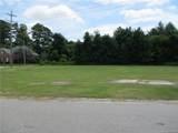 2861 Delaware Drive - Photo 3