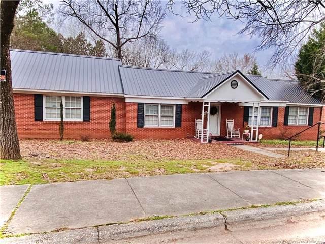 617 Oakwood Avenue, Sanford, NC 27330 (MLS #625246) :: Weichert Realtors, On-Site Associates