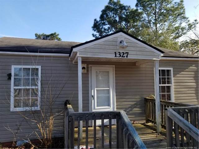 1327 Davis Street, Fayetteville, NC 28311 (MLS #627696) :: The Signature Group Realty Team