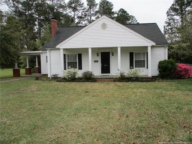 217 W Donaldson Avenue W, Raeford, NC 28376 (MLS #629334) :: Weichert Realtors, On-Site Associates