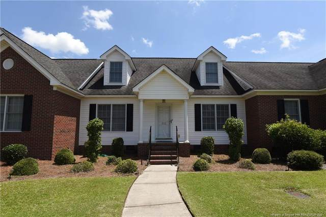 611 Amberdale Circle W, Lumberton, NC 28358 (MLS #639013) :: The Signature Group Realty Team
