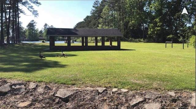 503 Lakeside Drive, Lumberton, NC 28360 (MLS #644978) :: The Signature Group Realty Team