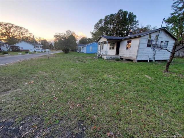 108 Camelia Street, Raeford, NC 28376 (MLS #646429) :: On Point Realty