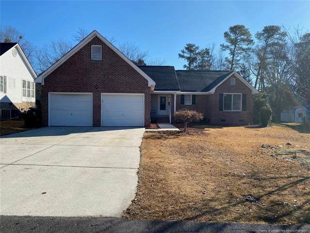 2420 Lull Water Drive, Fayetteville, NC 28306 (MLS #648625) :: The Signature Group Realty Team