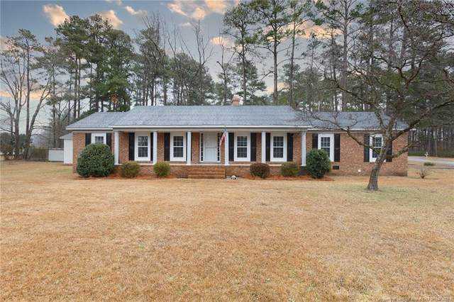 404 Old Farm Road, Raeford, NC 28376 (MLS #648727) :: The Signature Group Realty Team