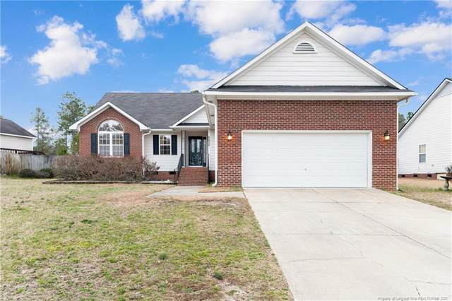 5832 Spreading Branch Road, Hope Mills, NC 28348 (MLS #651900) :: The Signature Group Realty Team