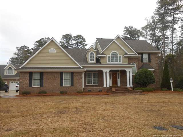 304 Waterford Circle, Lumberton, NC 28358 (MLS #653132) :: Towering Pines Real Estate