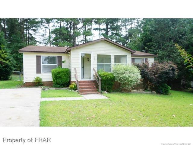 902 Stirling Court, Raeford, NC 28376 (MLS #653809) :: Freedom & Family Realty