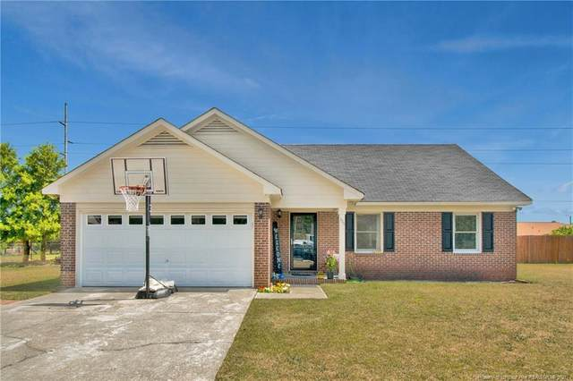 111 Pheasant Court, Fayetteville, NC 28306 (MLS #654409) :: The Signature Group Realty Team
