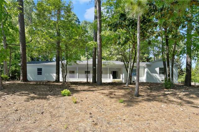 2534 S Edgewater Drive, Fayetteville, NC 28303 (MLS #654695) :: Towering Pines Real Estate