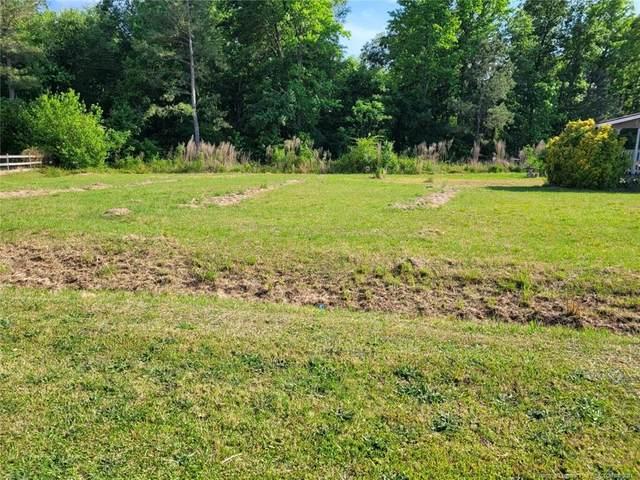 160 Talbot Circle, St. Pauls, NC 28384 (MLS #656653) :: Moving Forward Real Estate