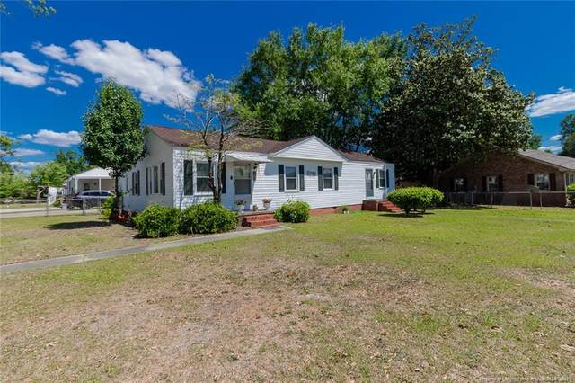 904 Godwin Avenue, Lumberton, NC 28358 (MLS #656771) :: The Signature Group Realty Team