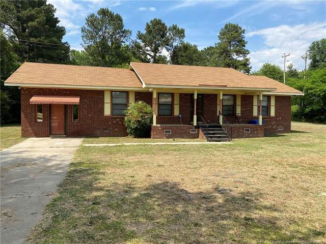 914 Cliffdale Drive, Laurinburg, NC 28352 (MLS #658701) :: The Signature Group Realty Team