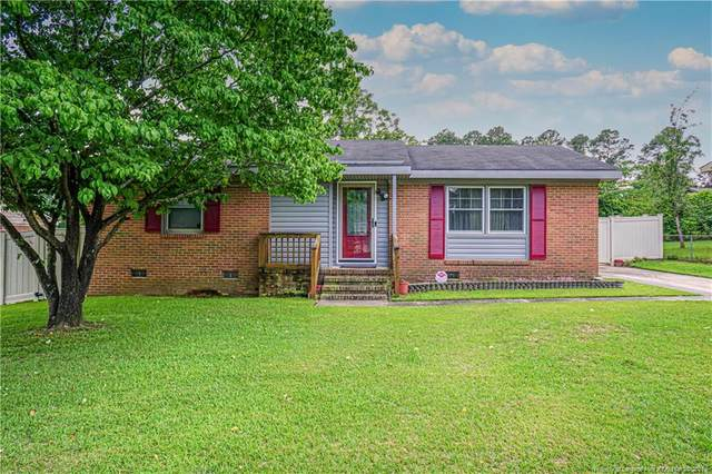 5483 Lazybrook Court, Fayetteville, NC 28314 (MLS #659634) :: The Signature Group Realty Team
