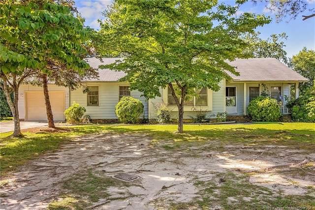 5846 Pettigrew Drive, Fayetteville, NC 28314 (MLS #661453) :: Moving Forward Real Estate