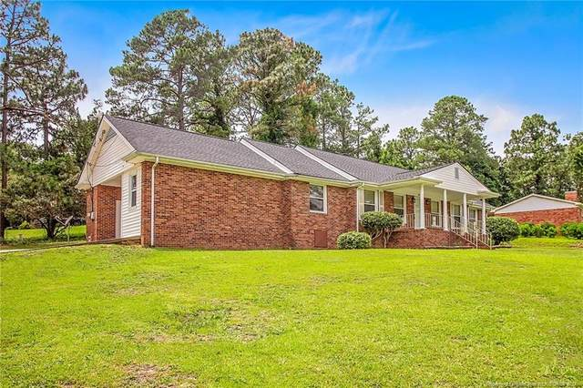 3511 Clearwater Drive, Fayetteville, NC 28311 (#661778) :: The Helbert Team