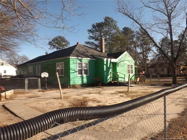 202 N Jackson Street, Raeford, NC 28376 (MLS #661817) :: Moving Forward Real Estate