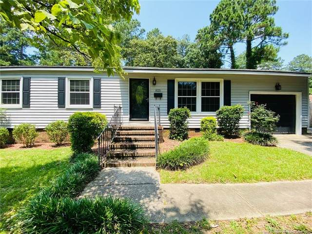 825 Shadowlawn Drive, Fayetteville, NC 28303 (MLS #662282) :: The Signature Group Realty Team