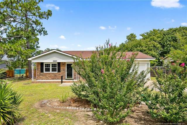 3664 Metric Drive, Hope Mills, NC 28348 (MLS #662610) :: The Signature Group Realty Team