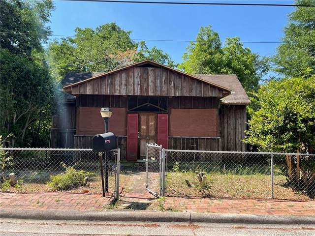 502 Ross Street, St. Pauls, NC 28384 (MLS #667747) :: The Signature Group Realty Team