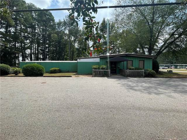 210 Laurinburg Road, Raeford, NC 28376 (MLS #668158) :: The Signature Group Realty Team