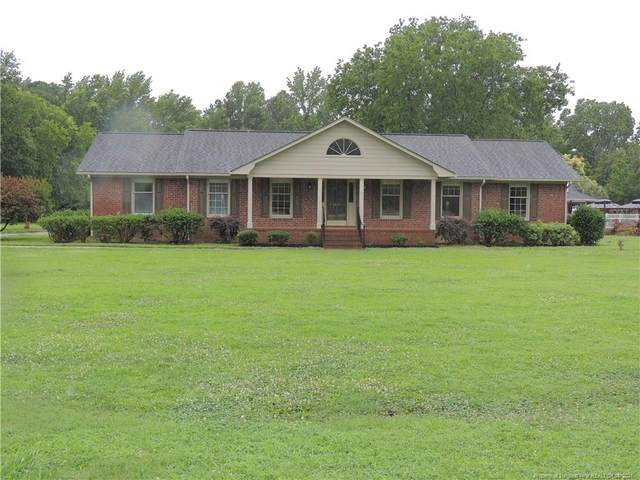 1826 Middle Road, Eastover, NC 28312 (#668321) :: The Blackwell Group