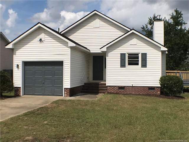 818 Brownsboro Place, Hope Mills, NC 28348 (MLS #668341) :: The Signature Group Realty Team