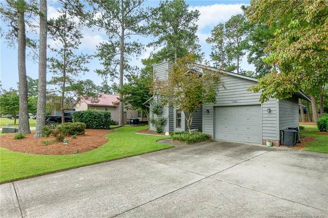 5608 One Putt Lane, Hope Mills, NC 28348 (MLS #668439) :: The Signature Group Realty Team