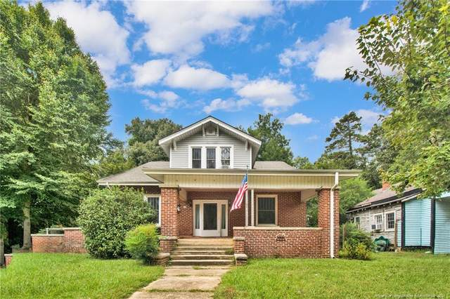 611 Hawkins Avenue, Sanford, NC 27330 (MLS #670577) :: Towering Pines Real Estate