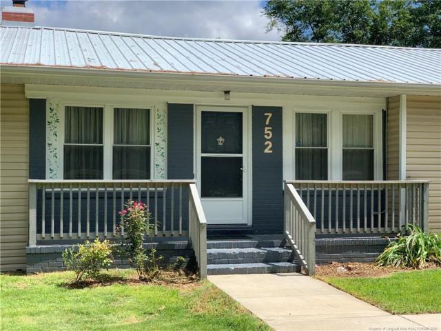 752 Porter Rd., Hope Mills, NC 28348 (MLS #611293) :: The Rockel Group