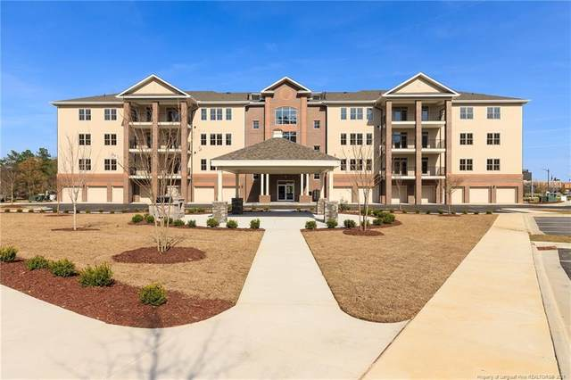 220 Hugh Shelton Loop #303, Fayetteville, NC 28301 (MLS #650006) :: The Signature Group Realty Team