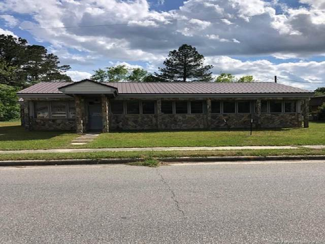 603 Dr Martin Luther King Jr Drive, Maxton, NC 28364 (MLS #630770) :: The Signature Group Realty Team