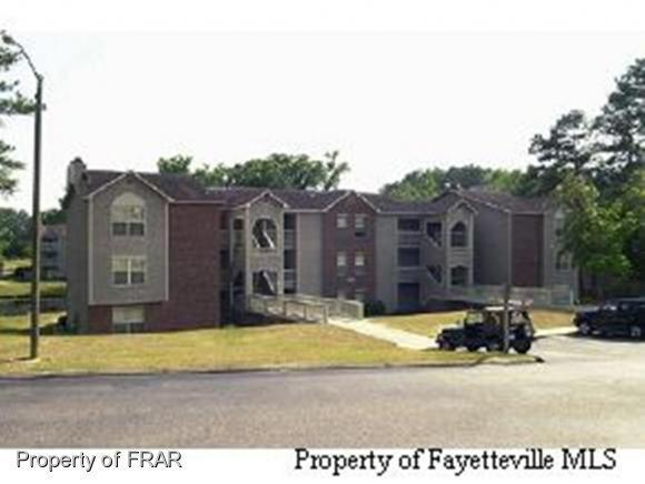 661-9 Bartons Landing, Fayetteville, NC 28314 (MLS #520787) :: Weichert Realtors, On-Site Associates