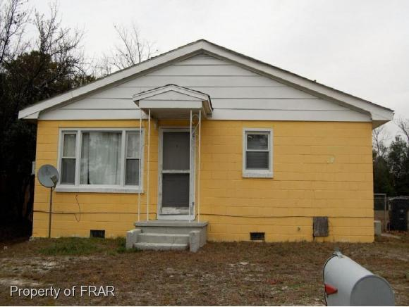 121 S. 5Th Street, Spring Lake, NC 28390 (MLS #521076) :: Weichert Realtors, On-Site Associates