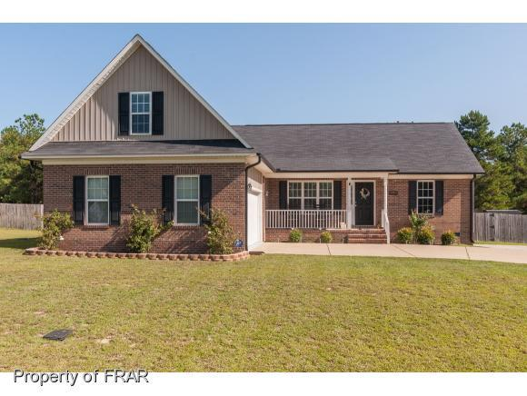 1725 Thunder Gulch Trl, Hope Mills, NC 28348 (MLS #528945) :: ERA Strother Real Estate
