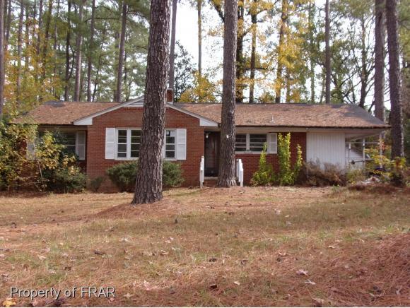 914 Hawkins Ave, Sanford, NC 27330 (MLS #534862) :: ERA Strother Real Estate