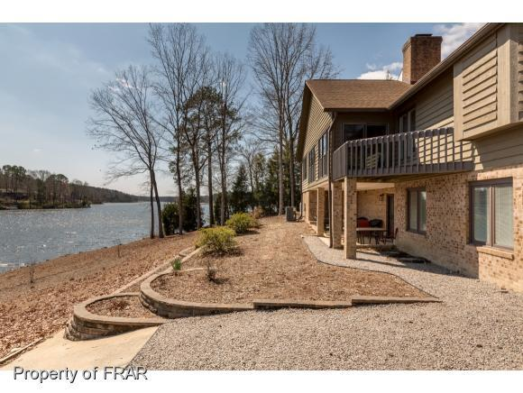 1924 Captains Point, Sanford, NC 27332 (MLS #537999) :: Weichert Realtors, On-Site Associates