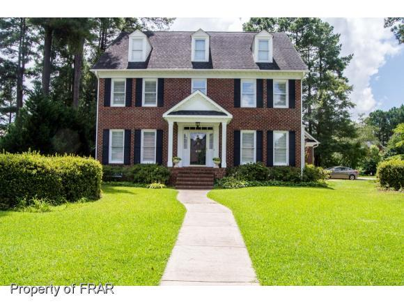 416 Kingsford Rd, Fayetteville, NC 28314 (MLS #538853) :: The Rockel Group