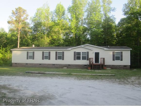 422 Higgins Ln, Raeford, NC 28376 (MLS #541191) :: Weichert Realtors, On-Site Associates