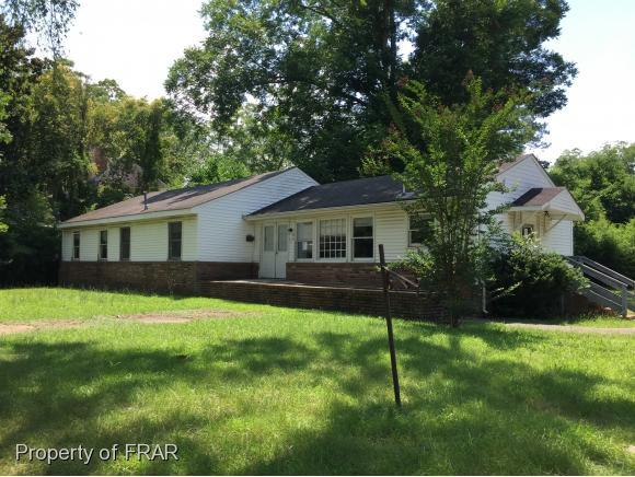 301 Mclaurin Ave, Laurinburg, NC 28352 (MLS #545968) :: Weichert Realtors, On-Site Associates