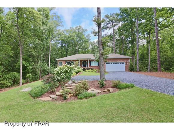 202 Lakeview Drive, Whispering Pines, NC 28327 (MLS #546171) :: Weichert Realtors, On-Site Associates